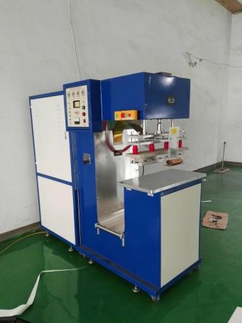 膜材结构焊接机